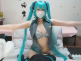 [Cosplay] A Very Cute Japanese Teen Girl Miku Hatsune Masturbates For You